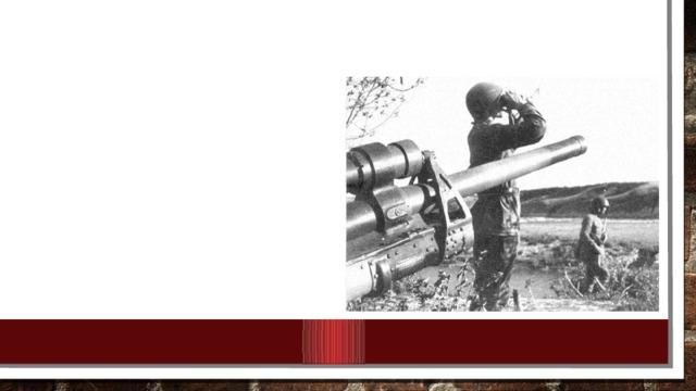План предусматривал нанесение глубоких охватывающих ударов по флангам вражеской группировки под Сталинградом по сходящимся направлениям на Калач с целью окружения и полного разгрома 6-й и 4-й танковой немецких армий.