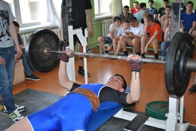 каждый первый картинку или фото на тему атлетическая гимнастика телестройки сынишка