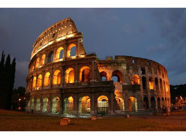 Работа с иллюстрациями Узнайте архитектурное сооружение, которое было призвано прославлять власть римских императоров.